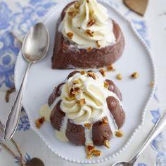 Schokopudding mit Haselnüssen und Vanilleeistuff Rezept