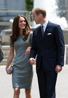 In 2011, the newlyweds kept close in Canada. | The Royal Couple's Cutest PDA Moments | POPSUGAR Love & Sex