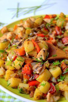 Entra a ver como hacer Salteado de patata, pollo y verduras de manera fácil y detallada