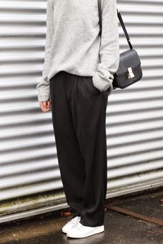 Pale grey marl sweater, black baggy trousers, white trainers & Céline handbag | @styleminimalism