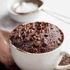 Low Fat Chocolate Mug Cake - Cafe Delites Mug Recipes, Cake Recipes, Dessert Recipes, Cooking Recipes, Yummy Recipes, Keto Recipes, Healthy Recipes, Weight Watcher Mug Cake, Weight Watchers Desserts