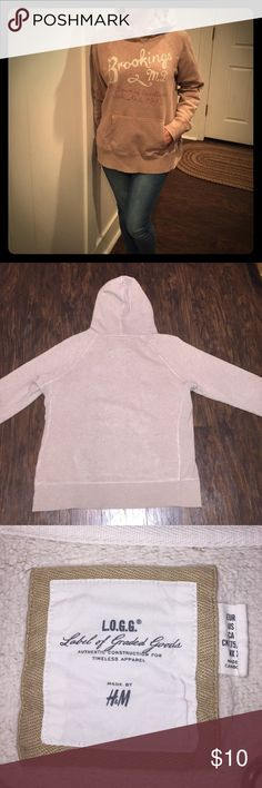 H&M HOODIE Hooded sweatshirt, graphic design on front, kangaroo pocket H&M Tops Sweatshirts & Hoodies