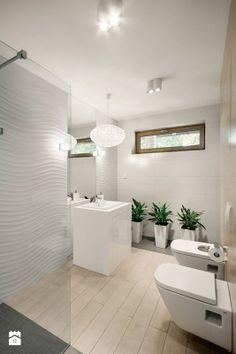 Fajne płytki na podłodze wyglądające jak drewno + fajna toaleta + super zabudowa pod umywalkę + fajne szare płytki + fajna kabina