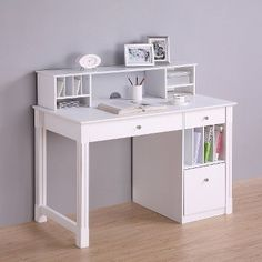 Superbe Home Office Deluxe White Wood Storage Computer Desk With Hutch   Saracina  Home