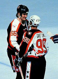 Wayne Gretzky and Mario Lemieux | NHL | Hockey