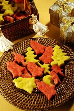 Sobremesas para o Natal: 45 receitas irresistíveis | CLAUDIA Nesta Data, Mousse, Dairy, Food And Drink, Cheese, Recipes, Cocoa Cookies, Crispy Cookies, Homemade Biscuits