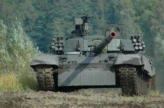 PT-91 Twardy - Polish main battle tank