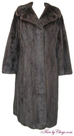 SOLD! Ranch Mink Coat #RM718; Very Good Condition; 8 - 12.  This is a beautiful genuine natural ranch mink fur coat. It features a large notched collar. Isn't it time you treated yourself to that ranch mink coat you have always dreamed of? This stunning fur coat will make that dream come true!