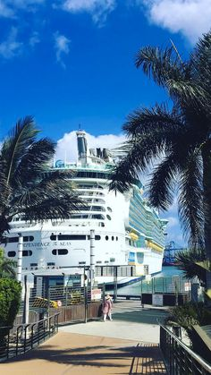 Independence of the Seas | You're on your way to endless possibilities when you board a Royal Caribbean Freedom ship on your next adventure. Photo by: JackieinWanderlust on Instagram.