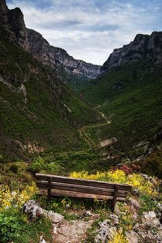 Vikos Canyon: A view to the deepest gorge in the world (listed by the Guinness Book of Records) in the Pindos Mountains of northern Greece, Ioannina. Oh The Places You'll Go, Places To Visit, Beautiful World, Beautiful Places, Myconos, Greece Holiday, Destinations, Greece Travel, Albania Travel