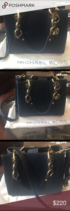 "🌺MICHAEL KORS ""CYNTHIA"" SATCHEL AUTHENTIC MICHAEL KORS LEATHER ""CYNTHIA"" SATCHEL WITH DUST BAG-(Small)-Approximate Measurements-9 1/2"" X 8"". USED ONCE!! EXCELLENT, VERY MUCH LIKE NEW CONDITION!! Michael Kors Bags Satchels"