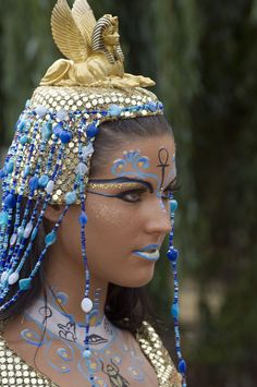 Egyptian make-up with glitter and crystal accents by Janis Möckelmann for the German Bodypainting Festival in Ingelheim.