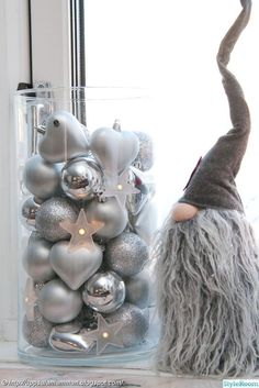 Top 40 Silver And White Christmas Decoration Ideas Christmas Celebrations