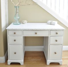 how to paint distressed white furniture