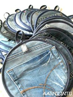 Great Ideas for Upcycling Those Old Jeans It would make a cute little purse for a kid I think