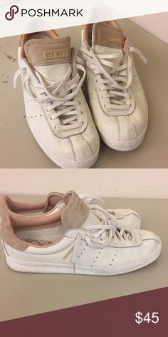 promo code 6bfd1 10a25 White adidas topanga mens size 9 Like new. Very soft leather. adidas Shoes  Sneakers