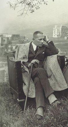 Eric von Stroheim in 1922. Solitude, stick, expression, gesture, thoughtful, beauty, vintage, history, guy, male, man, sitting, portrait, b/w