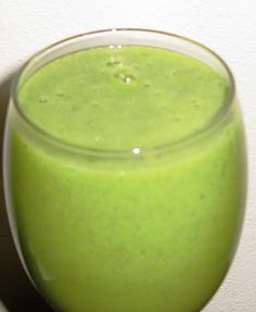 Kid Approved Green Smoothie! (Dairy Free) | Gluten Free Pantry