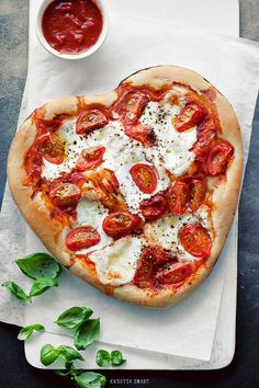 Valentine's Day Pizza Caprese