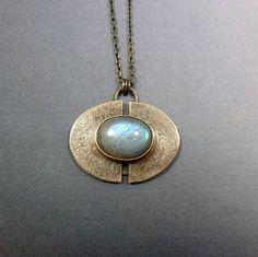 Labradorite Pendant in Sterling Silver by oblivionjewellery