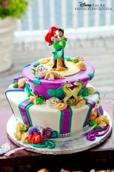 Another of the Top 10 Disney Wedding Cakes - if I could redo my wedding it would seriously be a Disney wedding!!