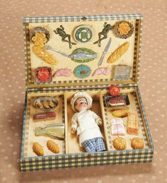 "6"" (15 cm.) French Etrennes menage of little chef and his miniature foods, presentation box 400/600 