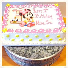 Disney Minnie Mouse 1st Birthday Cake by Chef Francis at Rustika Bakery!! Visit rustikacafe.com and rustikagmail.com.  #rustikacafe
