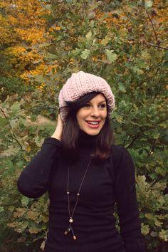 Pink Beanies, Baby Knitting, Winter Hats, Handmade, Etsy, Vintage, Fashion, Moda, Hand Made