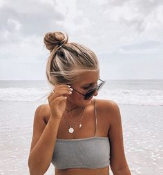 Sand pictures, summer pics, summer pictures, vsco beach, hairstyles with sc Summer Photos, Beach Photos, Teen Beach Pictures, Tumblr Summer Pictures, Beach Instagram Pictures, Insta Pictures, Looks Pinterest, Foto Casual, Trendy Swimwear