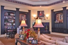 A beautiful way to fancy up your niches...I LOVE fluted columns!