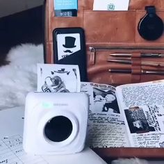 Portable mobile Bluetooth ink-less printer Mini Things, Cool Things To Buy, Best Portable Printer, Small Printer, Instant Print Camera, Techno Gadgets, Cute Office Supplies, Mobile Printer, Cartridge Refilling