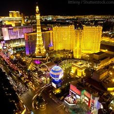 Las Vegas Checklist - How to pack for Vegas! CHEAPO Vegas: Tons of ideas/tips Las Vegas Tips, Las Vegas Vacation, Las Vegas Nevada, Vacation Destinations, Dream Vacations, Vacation Spots, Oh The Places You'll Go, Places To Travel, Las Vegas Grand Canyon