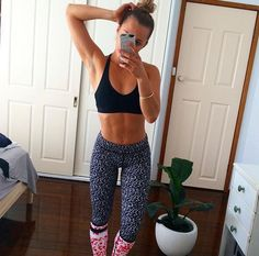Fitness nutrition, fitness goals, yoga fitness, fitness tips, body motiv Fitness Goals, Yoga Fitness, Fitness Tips, Fitness Nutrition, Body Inspiration, Fitness Inspiration, Looks Academia, Body Motivation, Sexy Girl