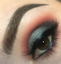 makeup looks with urban decay born to run palette Eye Makeup Tips, Makeup Inspo, Beauty Makeup, Hair Makeup, Drugstore Beauty, Makeup Ideas, Fun Makeup, Drugstore Foundation, Beauty Dupes