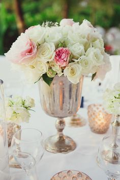 Centerpiece - Roses | Closer to Love Photography