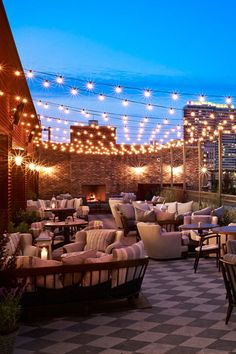 6 Best Boutique Hotels in Chicago - With their breezy rooftop bars, edgy designs, and hotter-than-hot restaurants, these six boutique hotels—all under 100 rooms—are . Time to check in.