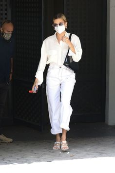 Hailey wore Brandy Melville Talia Light Wash Cargo Jeans, Carvela Glory Sandals, By Far Amber Bag and Reality Eyewear Xray Specs in Berry. #celebrity #fashion #celebrityfashion #celebritystyle #celebritystreetstyle #streetstyle #streetfashion #haileybaldwin #haileybieber #haileyrhodebieber #biebers
