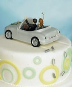 "Wedding Carousel - ""Just Married"" couple in car - NSW - Cake Toppers 