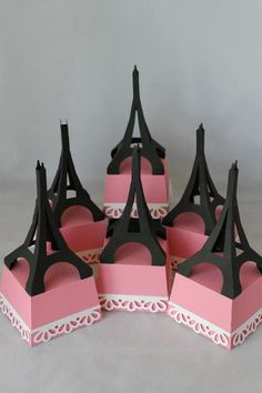 Image of Eiffel Tower Favor Box