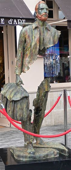 Van Gogh, in part, represented on a sidewalk in the Normandie port town of Honfleur by French sculpture Bruno Catalano