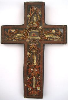 Russian Store - We buy and sell antique Catholic relics and Russian icons. Catholic Relics, Quilling Instructions, Wool Wall Hanging, Stencil Wall Art, Linden Wood, Religious Images, Holy Cross, Wedding Keepsakes, Selling Antiques
