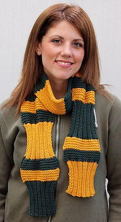 Ravelry: Simpliworsted Wave Scarf pattern by Chuck Wilmesher