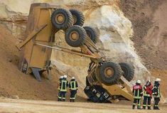 Heavy Equipment Auctions, Excavator Buckets, Caterpillar Equipment, Tree Felling, Heavy Construction Equipment, Gone Wrong, Skid Steer Loader, Rough Day, Heavy Machinery