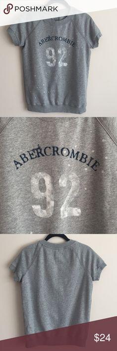 Abercrombie & Fitch grey s/s sweatshirt Abercrombie & Fitch grey s/s cotton crew sweatshirt w/ logo & paint splatter design - perfect condition never worn! Abercrombie & Fitch Tops Sweatshirts & Hoodies