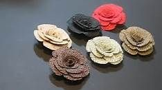 how to make burlap flowers - Bing Videos