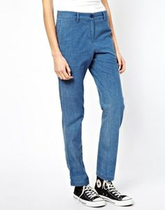 Image 4 ofAmerican Vintage Bermuda Trousers in Chambray