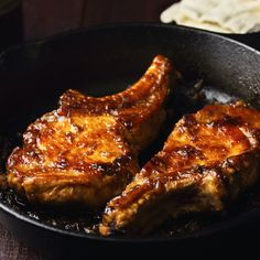 With the warm depth of ginger, these apple-cider glazed pork chops are a weeknight winner. Pork Recipes, Cooking Recipes, Smoker Recipes, Great Recipes, Favorite Recipes, Easy Recipes, Speedy Recipes, Glazed Pork Chops, Pork Ham