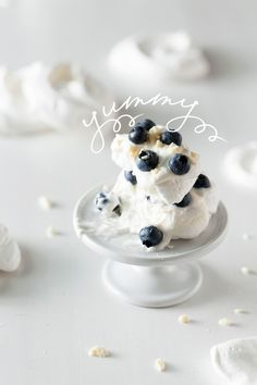 Meringue with blueberries and creme fraiche