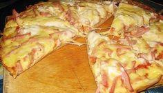 Vynikající večeře pro každého, kdo má rád dobré jídlo, ale nechce trávit dlouhé hodiny u sporáku. Tento skvělý a chutný recept z vašich oblíbených pizza ingrediencí připravíte za neuvěřitelných 15 minut! Co budeme potřebovat (na přípravu 2 ks pizzy o průměru cca 20 cm): těsto: 4 lžíce majonézy 4 lžíce zakysané smetany 2 vejce 9 …