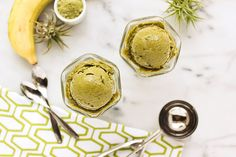 3-Ingredient Banana Matcha Ice Cream @TastyYummies